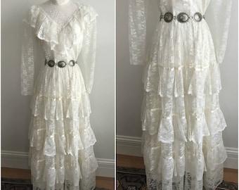 Vintage Fleur de Lis 1970s Victorian Edwardian Sheer Ivory Lace Ruffles Boho Wedding Dress S M