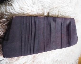 Vintage handbag clutch evening bag purse in black pleated fabric