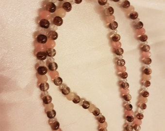 delicate pink meets Brown - chain