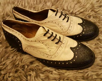 Size 4 ladies retro black and white brogues