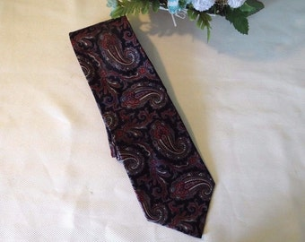 "Multicolored Stafford Paisley Men's Necktie, 60 inches long, 3-1/2"" wide, silk, made in USA"