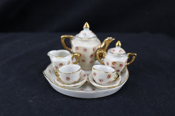 Doll House Size Tea Set Made in Occupied Japan