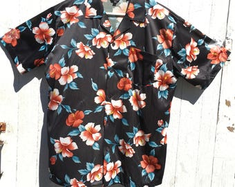 Vintage 80s 90s Black Hibiscus Hawaiian Button Up Shirt Size Large Tropical
