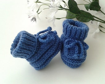 Blue Baby Booties, Hand Knitted Baby Booties, Blue Crib Shoes, Baby Shower Gift, Pregnancy Reveal Booties, Newborn Boy Booties, Baby Clothes