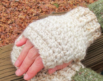 Fingerless Gloves, Handmade gloves, Hand warmers, Crochet Gloves, Beige, Ivory, Homespun Gloves, Winter Accessory, Women's Gift