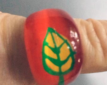 Red Ring,Leaf Ring,60s Ring,Mod Ring,Arty Ring,Flower Ring,Acrylic Ring,Lucite Ring,Chunky Ring,Size 6 Half,Sz 6 Half,70s Ring,Nature Ring