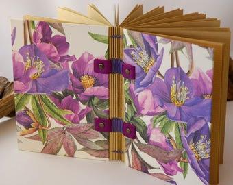 Carnet de notes ou journal intime, reliure copte, couvert de roses de Noël, feuilles kraft, journal de grossesse, carnets de voyages