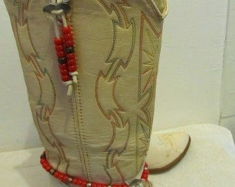 25% 0FF SalE!!Vintage 70's,Beige Colored,Native American COWGIRL Hippie Boots By ACME.7.5M