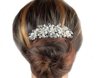 Pearl Hair Comb, Wedding Headdresses, Bridal Hair Ornament, Wedding Jewellery, Bridal Hair Comb.