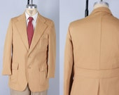 Vintage 1930s-Style Men's Sport Coat | 70s does 30s Camel Beige Double Knit Belted Back Bi-Swing Action Jacket Blazer | Size 38 Small/Medium