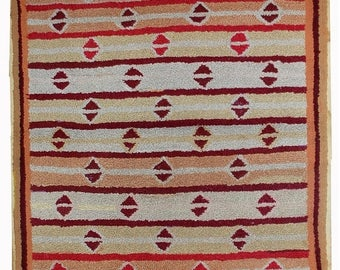 ON SALE 20% Off 3,2' X 5,3' ( 97cm X 161cm) handmade antique geometric American hooked rug 1890