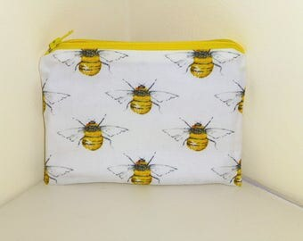 Bumble Bee Coin Purse, Bumble Bees MakeUp Bag, Bees Coin Purse, Bee Bag, Bees Make Up Bag, Insect Purse, Rustic Purse, Gift for Bee lovers,