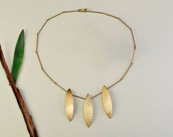 Gold bib necklace, Nature inspired necklace, tumbaga jewelry, hammered choker, leaf design jewelry, women classy gift, anniversary present,
