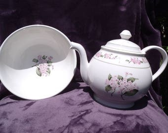 Floral Teapot with matching Bowl.