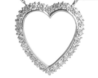 Vintage diamonds heart pendant with chain | 14 karat white gold | Circa 1950 | 1 carat