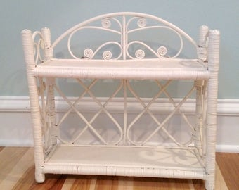 Vintage Wicker Shelf, Wicker Wall Shelf, White Wicker Shelf, Shabby Chic Shelf