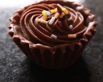 Handmade Chocolate Truffles - Cosmopolitan Belgian Chocolates. Luxury chocolates. Box of chocolates. Chocolate gift. Alcohol flavoured.