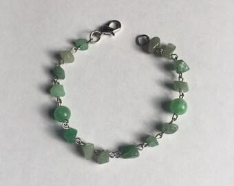Jade Green Chip Beaded Bracelet