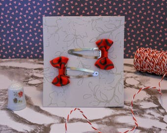 Set of two bow hair clips