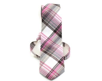 Pink and brown plaid necktie for boys, toddlers, babies.