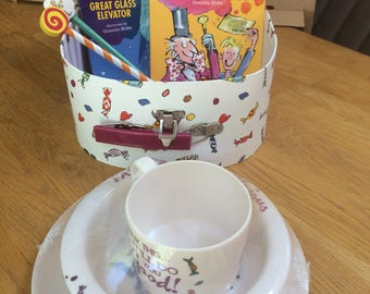Charlie and the chocolate factory gift set