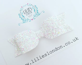 White, iridescent hair bow