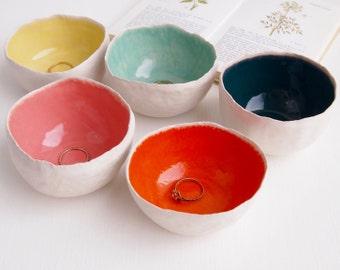 Round colourful ceramic ring bowls, ring dish, ceramic bowl, pottery dish, jewellery storage, unique gift, ceramic salt dish, pottery bowl