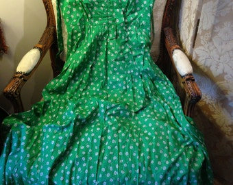 Laura ashley green ditsy print full cotton dress. Good. 34 bustx49 length