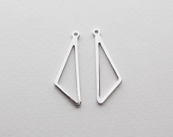 P0579/Anti-tarnished Rhodium Plating Over Brass/Dangle Line Triangle Pendant/11x28mm/4pcs