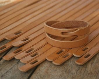PETKO Double Loop Leather Bracelet