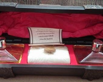 Avon Oland Gift Set in Log Chest