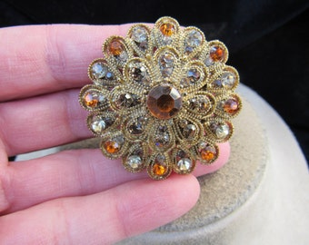 Vintage Goldtone & Shades Of Brown Rhinestone Pin