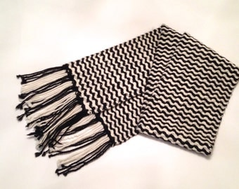 Alpaca Hand Woven Scarf in Black and White