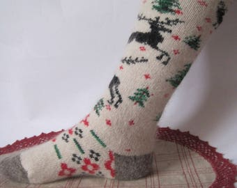 Eco Friendly high socks Nordic quality Angora Wool and goat fuzz Women Knit Stockings with pattern Deer Knee socks for warmth and comfort