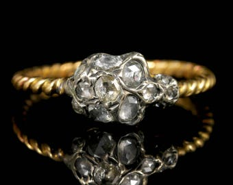 Memento Mori Diamond Skull Ring 18ct Gold