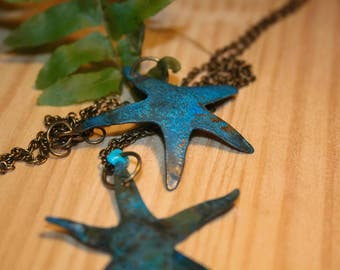 Blue starfish. Starfish necklace. Beach jewelry. Bohemian necklace. Dainty neacklace. Nautical jewelry. Beach jewelry ideas. Gifts ideas. Boho chic.