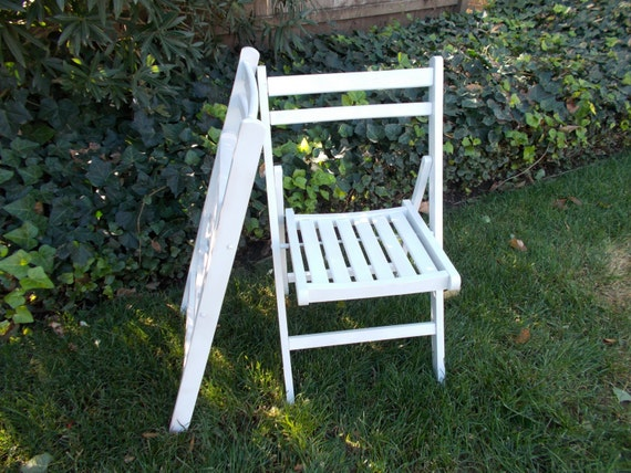 White Shabby Chic Chair Set Up Cycled Vintage Wood Beach