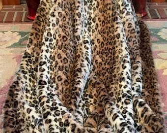 """Midweight Brown Leopard Fancy Faux Fur Throw/79"""" X 59 1/2""""/Machine Wash and Dry/Perfect Gift for Him or Her/Gift Ready Box/Ready to Ship!"""