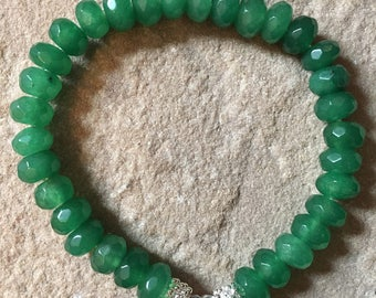Handmade Emerald 5x8mm faceted semi precious gemstone bracelet with sterling silver heart charm