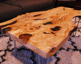 Live edge coffee table - Olive