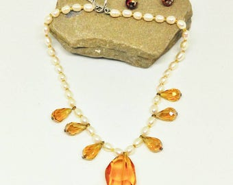 Simple Elegance - Pearl and Crystal Necklace Set