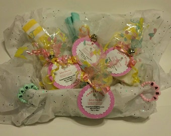 Baby Shower Gift Soap Basket With Wash Cloths And Decorative Baby Glycerin Soap