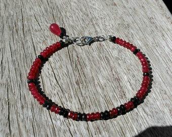 Minimalist bracelet, ruby and black bracelet