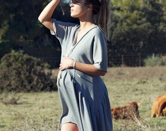 Maternity grey dress in cotton and very low neck. CAMPES