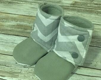 Baby Booties Stay-On-Booties No Slip Grip Bottom Chevron