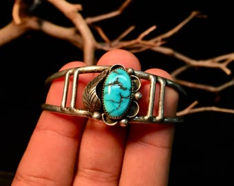 Vintage Navajo Sterling Silver/ Turquoise Cuff Bracelet    #227