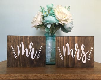 Mr and Mrs Signs - rustic wedding decor - wedding signs - mr and mrs - Chair Signs - stained signs - wedding decor - Rustic Chic - Set 2