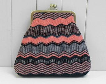 Chevron Geometric Clutch Bag. Framed Bag Knitted in Coral Pink Black and Copper Merino Wool Kiss Clasp Purse, Coin Purse. Women handbag