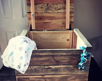 Pallet toy bin / upcycled toy chest / toy box / pallet storage bin