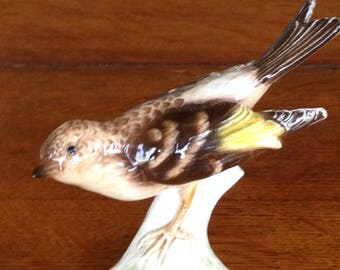 Goebel  Bird figurine Brambling Pinson on tree branch